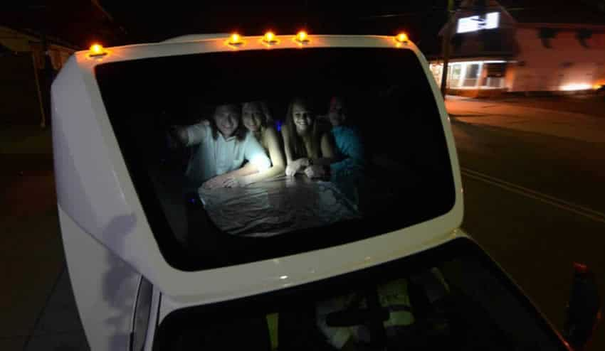 Reserve a Limo to See Holiday Light Shows in Metro Detroit